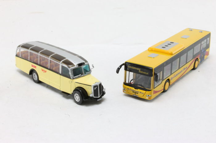 Swiss Line H0 - 85.002500 - Attachments - Set with Swiss buses