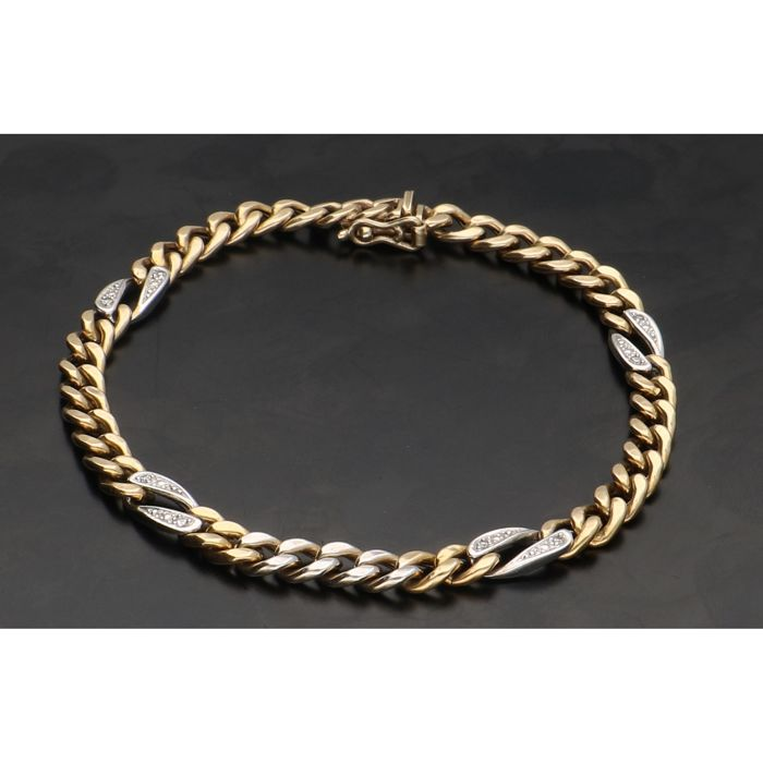 14 kt - Yellow gold curb link bracelet set with white gold links processed with single cut diamonds of 0.001 ct each