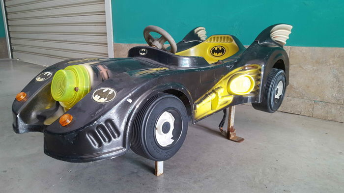 'Batman' carousel car