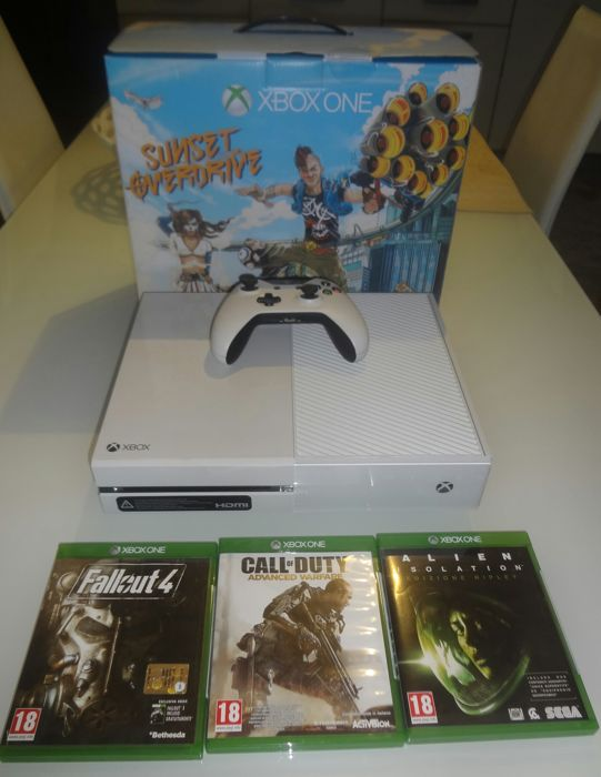 Xbox One 500 gb White version (Sunset Overdrive bundle) with 9 games