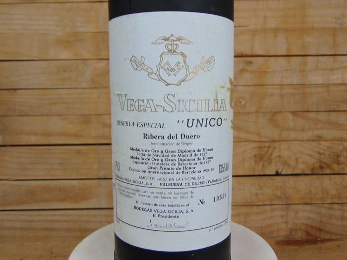 1981 Vega Sicilia Unico Reserva Especial Ribera Del Duero from blend of 1960, 1962, 1968 vintages