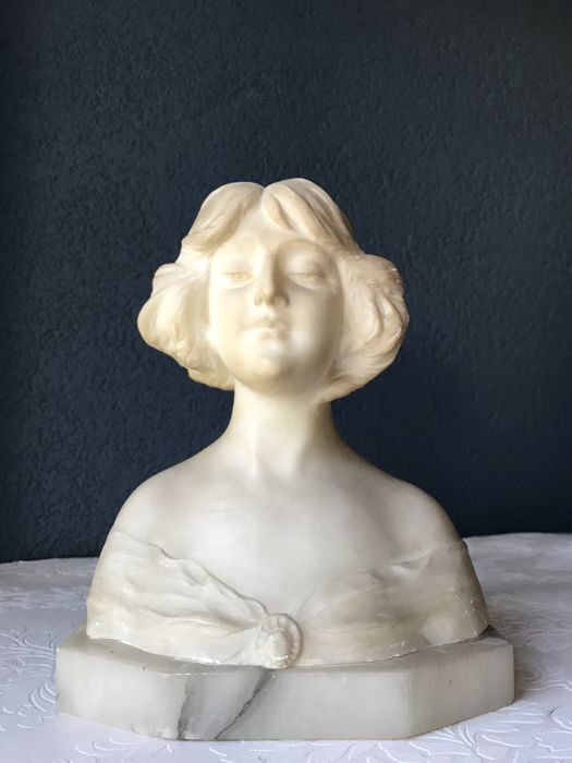 Bust of marble - France - ca. 1900