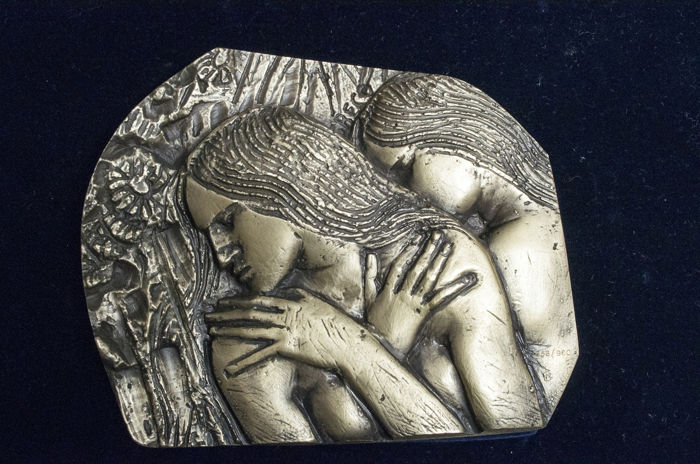 "Emilio Greco - ""Fanciulla etrusca"" - 800 silver bas-relief Numbered 856/900, 612 grams"