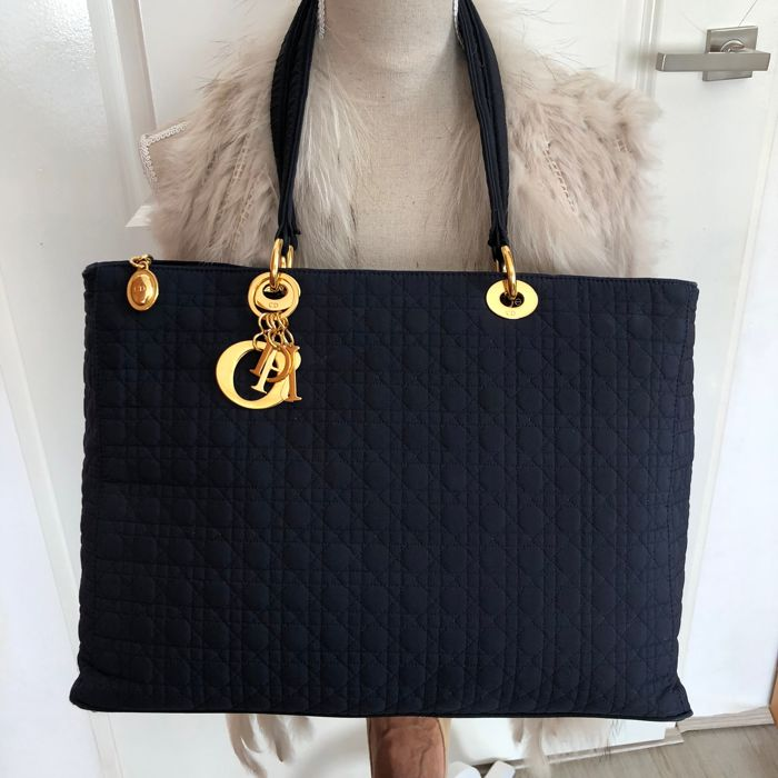 Christian Dior - Cannage Large Lady Dior Schoudertas