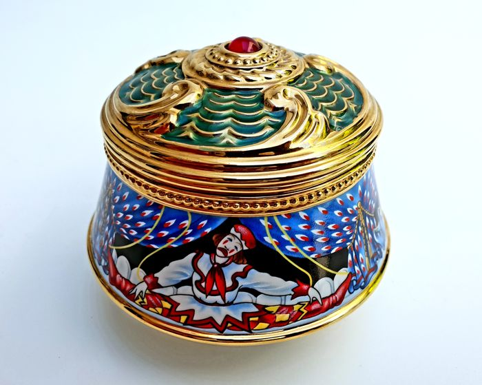 "The House of Fabergé & TFM - Fine 24kt gold plated Porcelain Music Box - ""Petrouchka"""