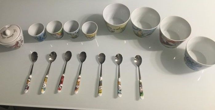 Disney - Breakfast Set - 7 teaspoons + sugar bowl + 4 coffee cups + 4 cappuccino mugs - Disney
