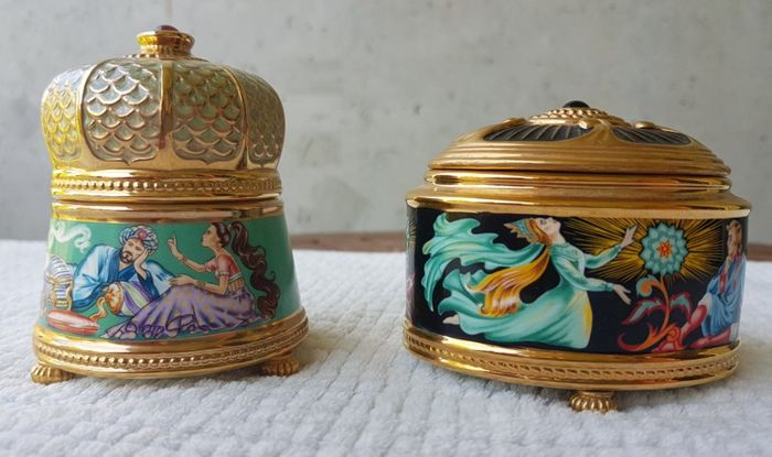 2 porcelain music boxes from the House of Faberge - by Franklin Mint 24 K gold-plated