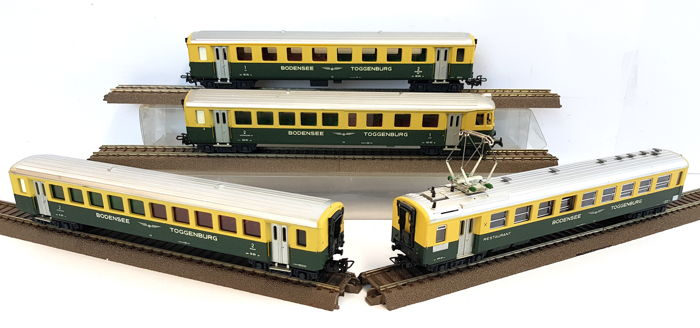HAG H0 - 407/425/430/435 - Passenger carriage - Four carriages incl. Helm and restaurant - Bodensee Toggenburg Bahn