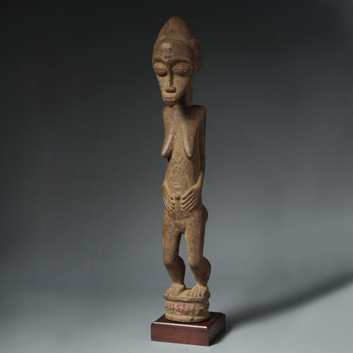 Superb ancestor female portrait 'Blolo-bla' - BAULE - Ivory Coast - Ex. Mayer collection, Bruxelles