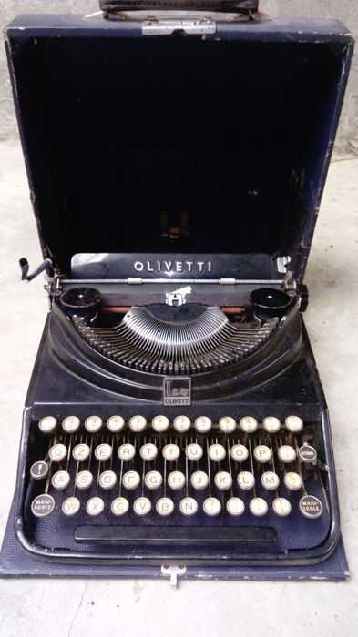 Old Olivetti Ico typewriter