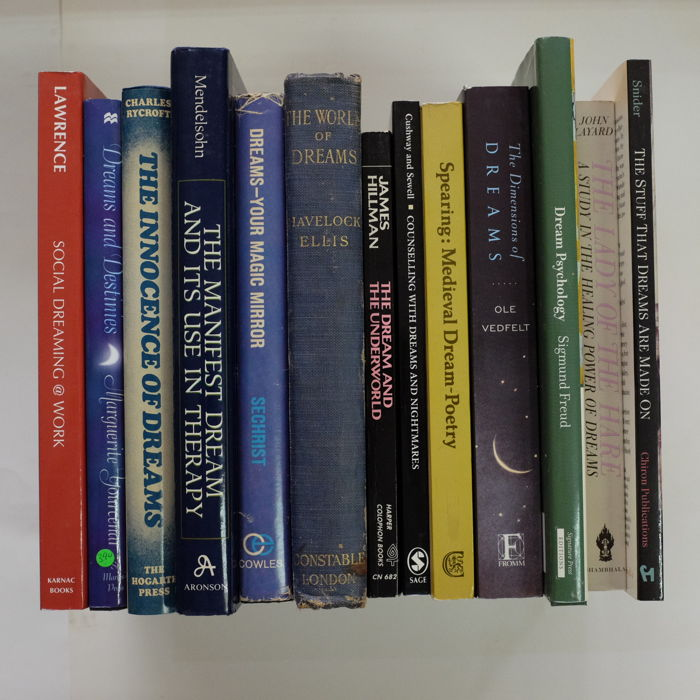 Yourcenar, Freud, Hillman among others - Books on Dream Psychology - 1922/2007
