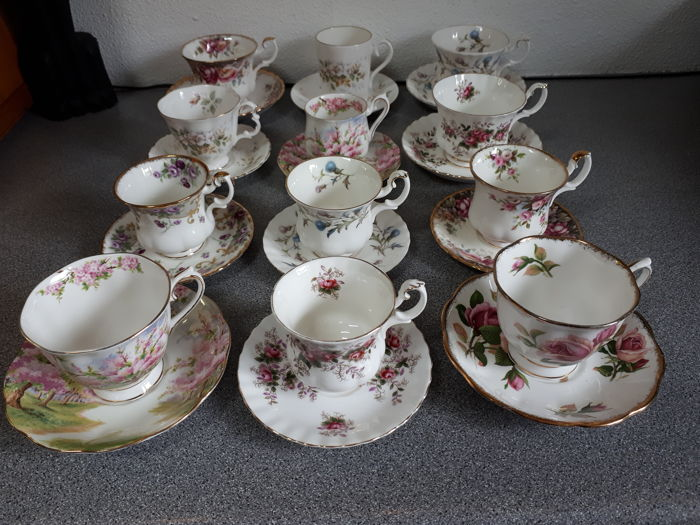 Royal Albert - 12 Cups and Saucers