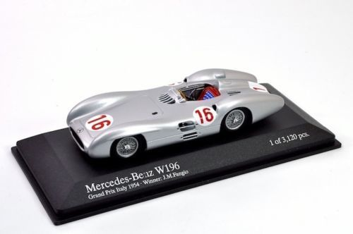 MiniChamps - 1:43 - Mercedes-Benz W196 #16 Winner GP of Italy 1954 - Limited Edition of 3.120 pcs.