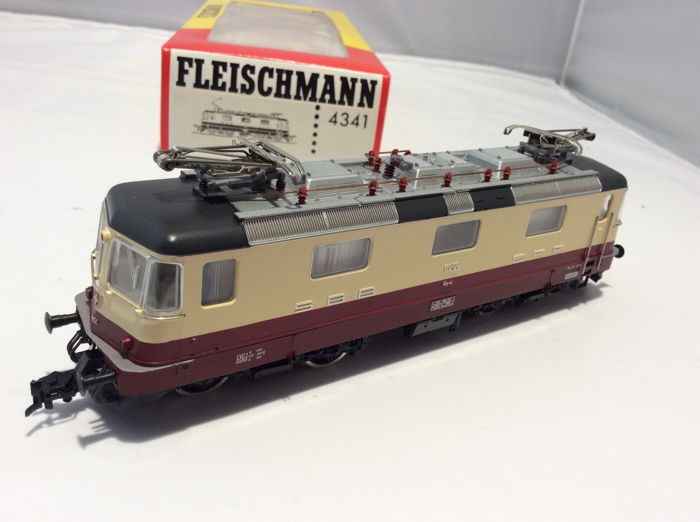 Fleischmann H0 - 4341 - Electric locomotive - TEE Re 4/4 11156 - (3118) - SBB, SBB-CFF