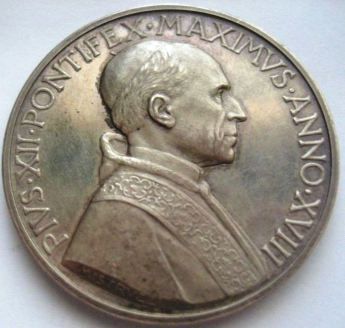 Vatican - Pope Pious XII 1939 - 1958 medal - Year XVIII 1956 - silver