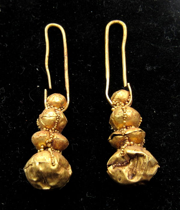 Pair of Medieval Viking Period Gold Earrings with Filigree - 47-49mm (2)