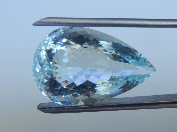 Aquamarine - 18.15 ct