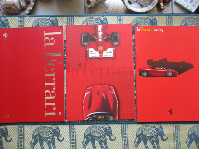 Brochure/Cataloghi - Ferrari - officiele jaarboeken - 1998-2005