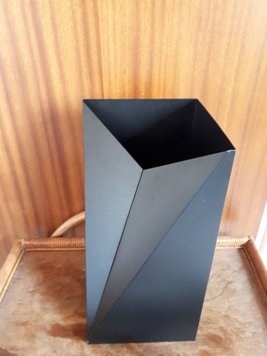 Paulus van Leeuwen for Interim - Metal umbrella stand