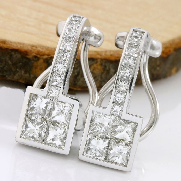18kt/750 White Gold - 2.00 ct Princess Cut Diamond, Earrings; Size: 17mm
