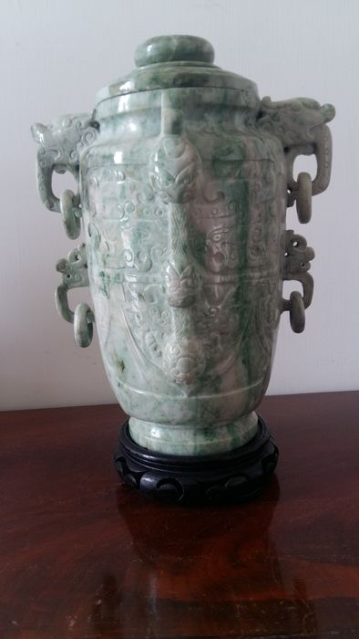 Potiche vase in hard stone (serpentine) - China - 20th century