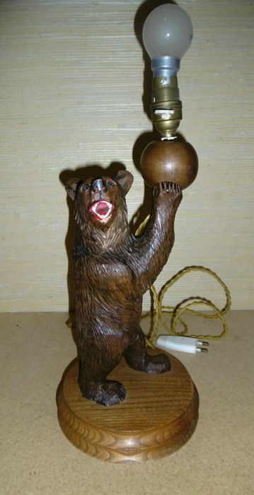A Wooden Bear Very Fine Wood Carving Black Forest Lamp Germany
