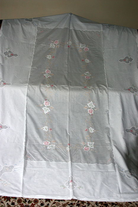 Linen organza - valuable and fine hand embroidered tablecloth  and 12 napkins