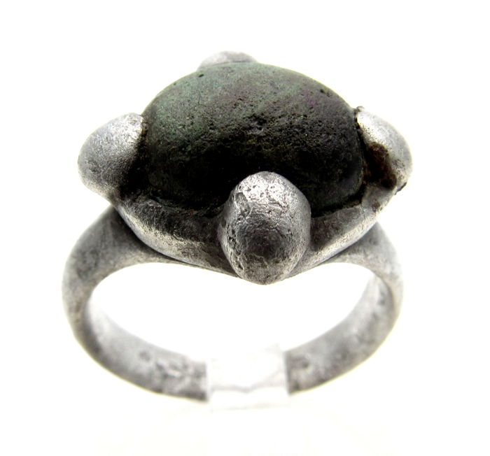 Medieval Viking Silver Ring with Dark Stone in the Bezel - 16 mm