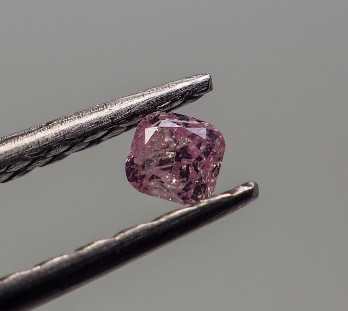 0.05 ct - Natural Fancy Diamond - Pink - I2 *NO RESERVE*