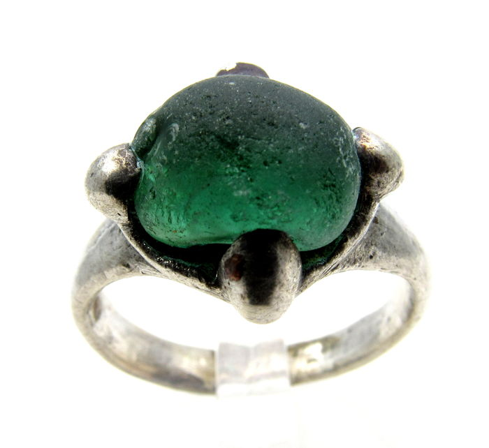 Medieval Viking Silver Ring with Blue/Green Stone Bezel - 18 mm