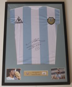 Diego Maradona Hand Signed Framed Argentina World Cup 1986 Jersey Shirt Le  Coq Sportif + COA 4cfd229a8