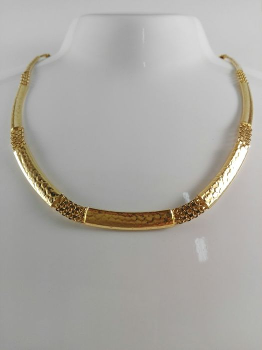 Women's necklace by 'Oro5' in 18 kt yellow gold Weight 20.4 g