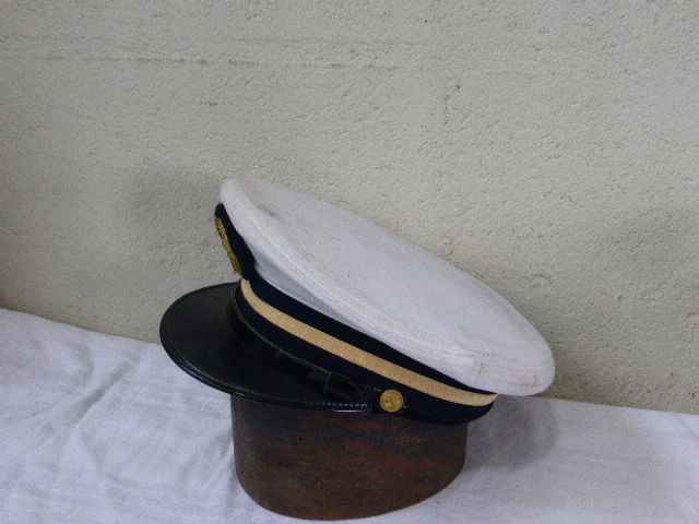 Cap of naval officer cadet and 4 fishing floats,glass ball in ochre, green  or blue, with braided cord, marine atmosphere, vintage - Catawiki