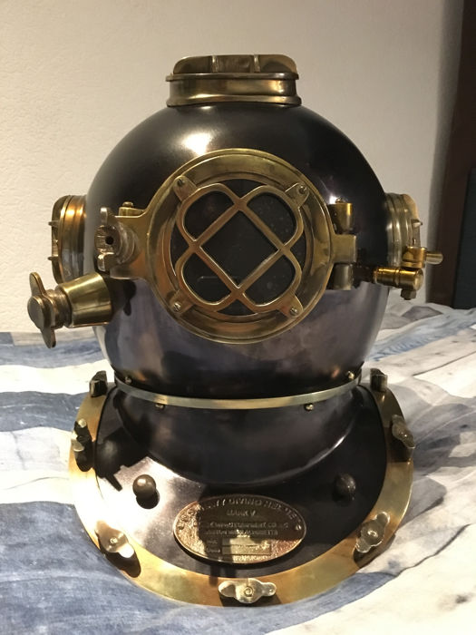 Bronze-coloured handmade diving helmet - replica of an old model