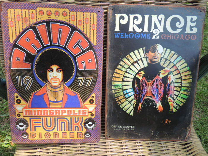 Two Stunnming Rare  - Prince  - The Symbol - Metal Memorial Signs - Welcome To Chicago - The Funk Pioneer - Very Decorative -