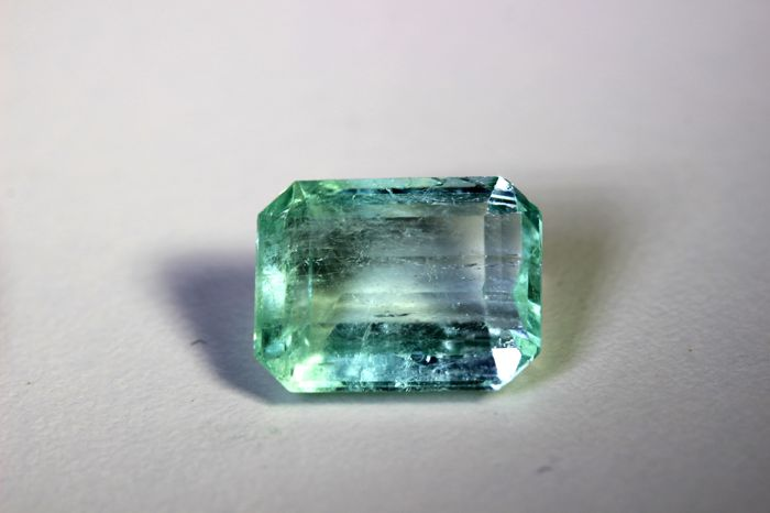 Emerald - 7.18 ct - Colombia