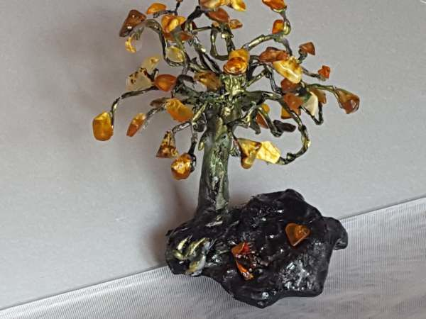 Curio Amber bonsai good luck Buddha tree of natural Baltic amber mix colour