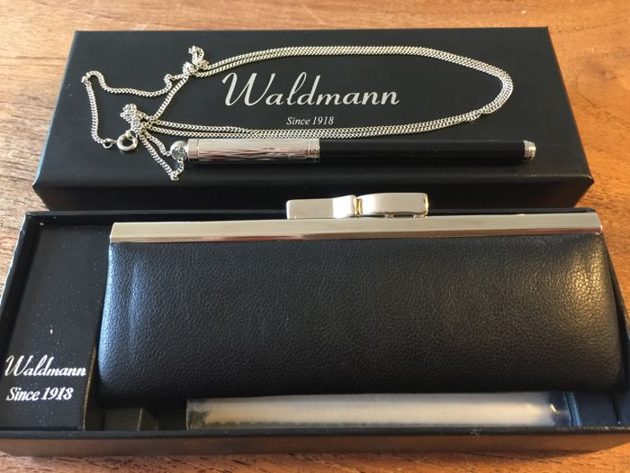 Waldmann mini pen with thin necklace and lockable case