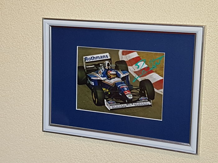 Jacques Villenueve - Worldchampion Formula 1 -  hand signed framed photo + COA.