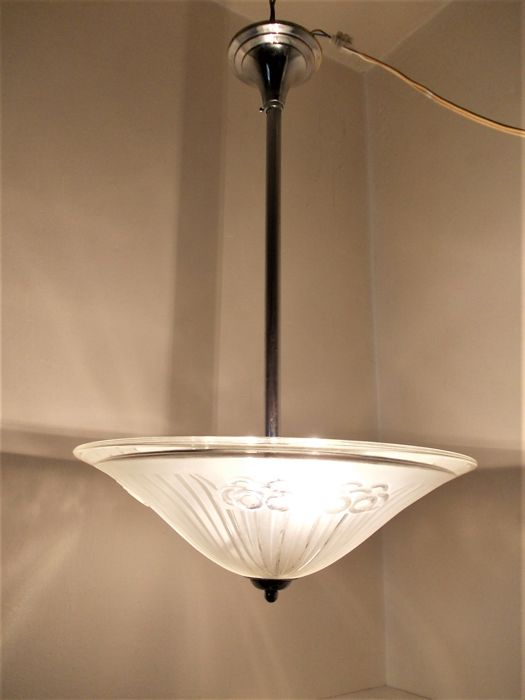 Art Deco bowl lamp with cut glass and nickel-plated frame