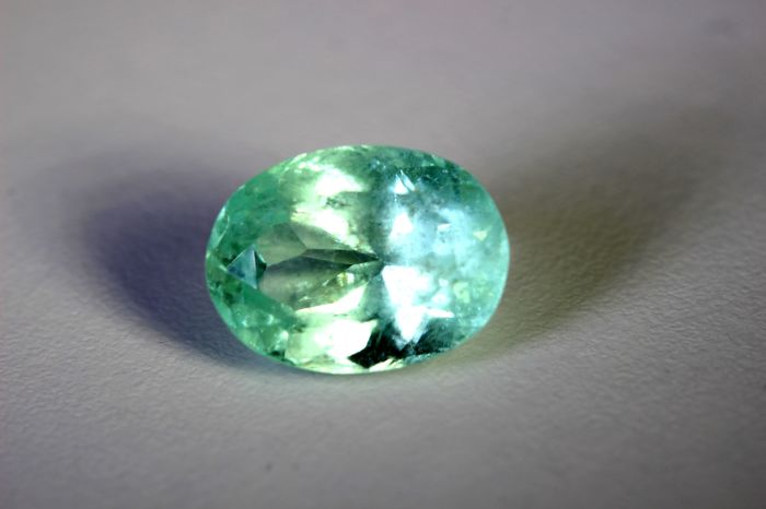 Emerald - 8.17 ct - Colombia