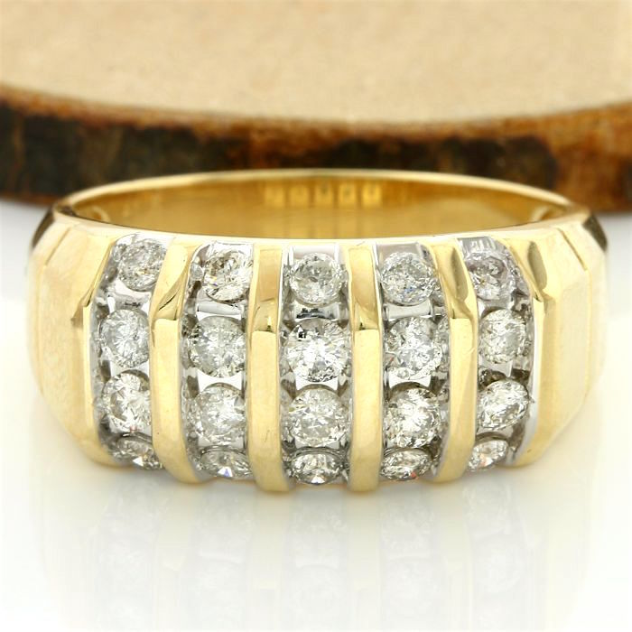 14kt/585 Yellow Gold - 1.00 ct Round Cut Diamond, Ring; Size: 10.5