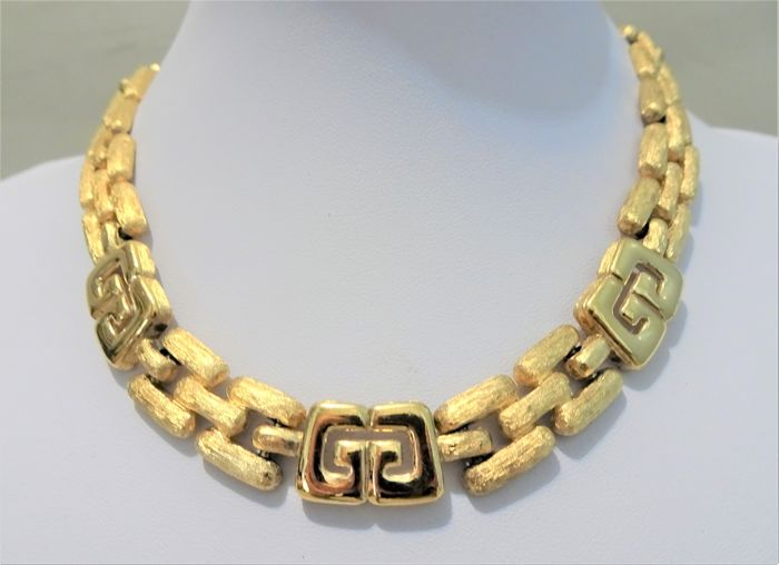 Givenchy - Big and Heavy XL Gold LOGO Collar Necklace - 1980s - Vintage