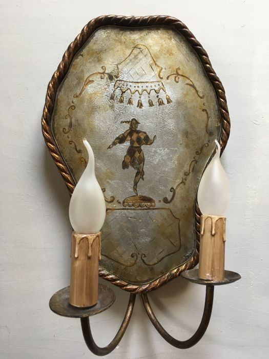 Special double wall lamp decorated with a jester