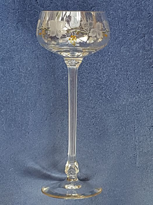 Theresienthal  - Art Nouveau wine glass with an etched decoration of grape leaves and vines