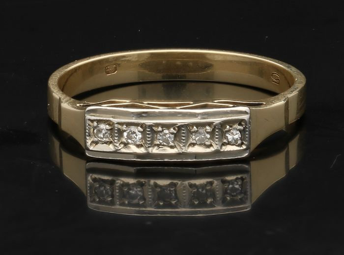 14 kt Yellow gold ring with diamond - Ring size 18 mm