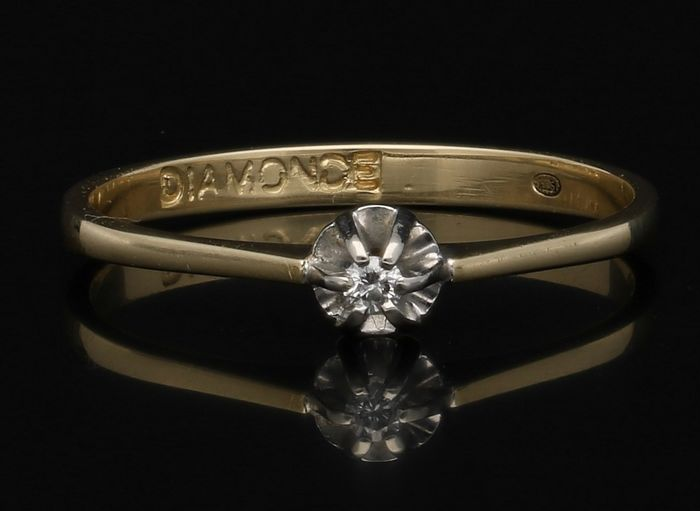 14 kt Yellow gold ring with diamond - Ring size 16.5 mm