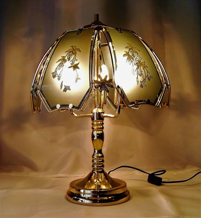 Large gold-coloured tree-shaped table lamp with finished curved glass hood gingham-39 cm wide-Italy-in perfect original condition