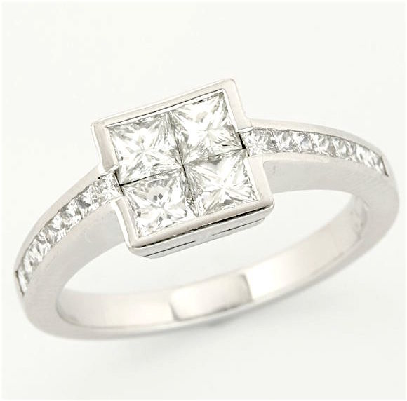 18kt/750 White Gold - 1.16 ct Princess Cut Diamond, Ring; Size: 7