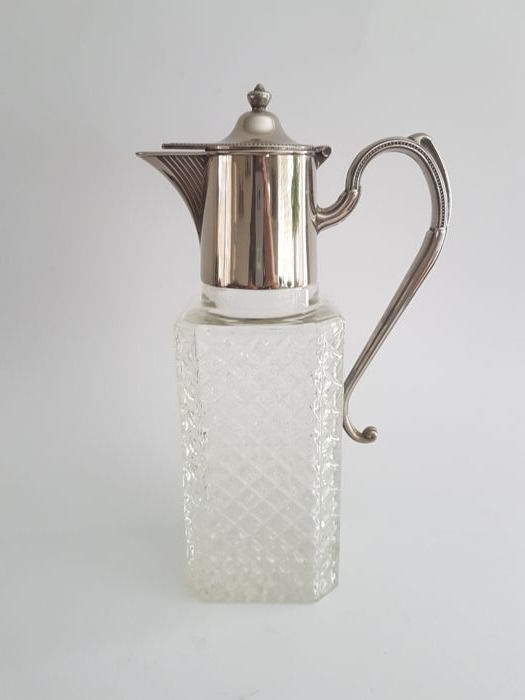 Table jug for drinks - silver plated - with pearl edge